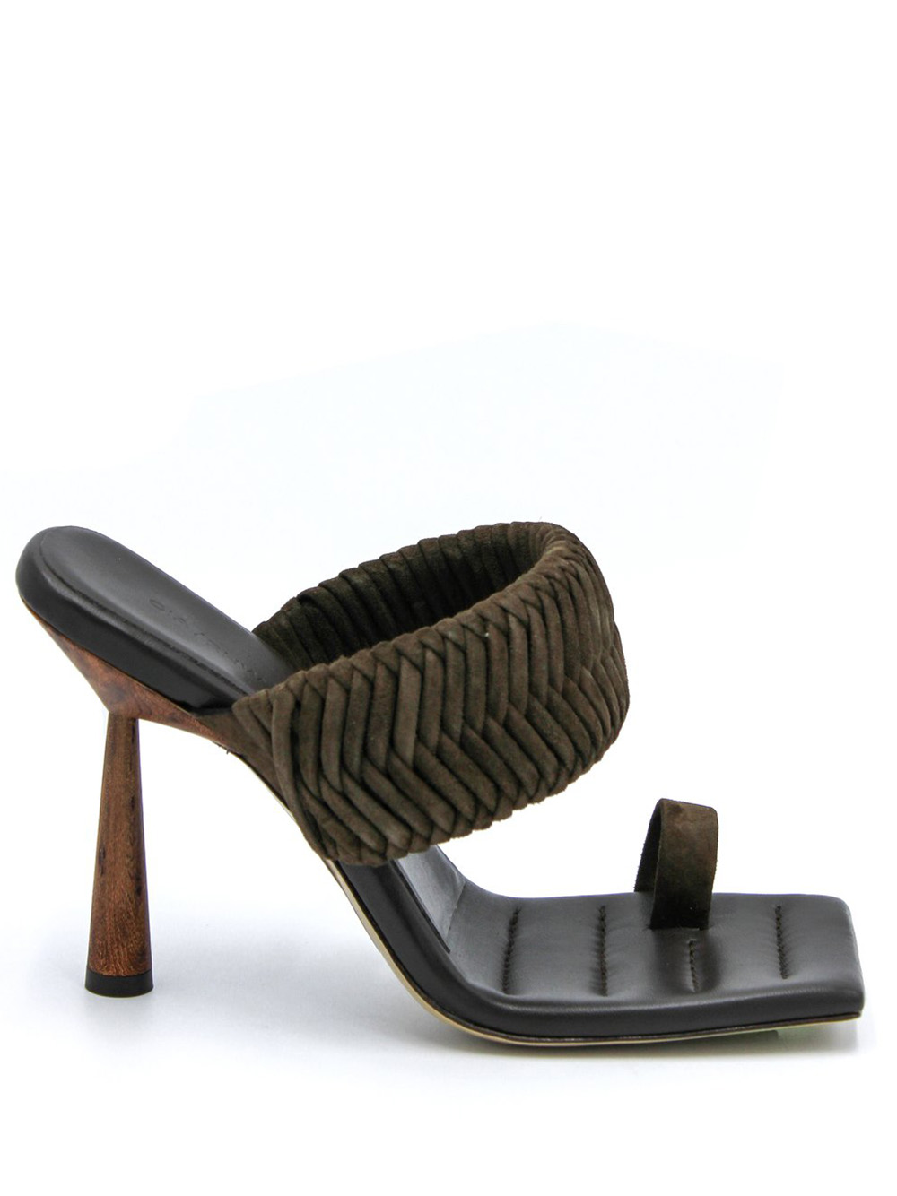 Rosie 1 Toe Ring mule with woven strap in
